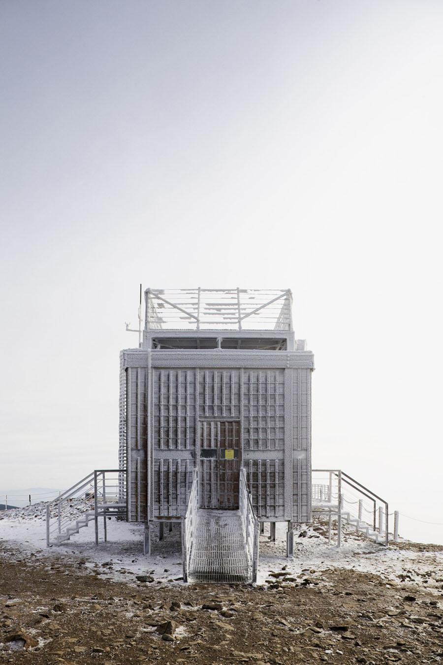 Post Office Sněžka by Hut Architektury Martin Rajnis