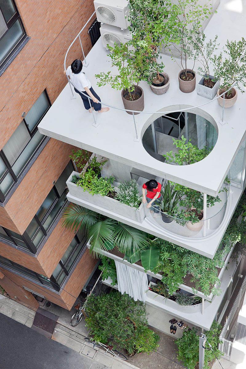 Garden and House by Ryue Nishizawa SANAA