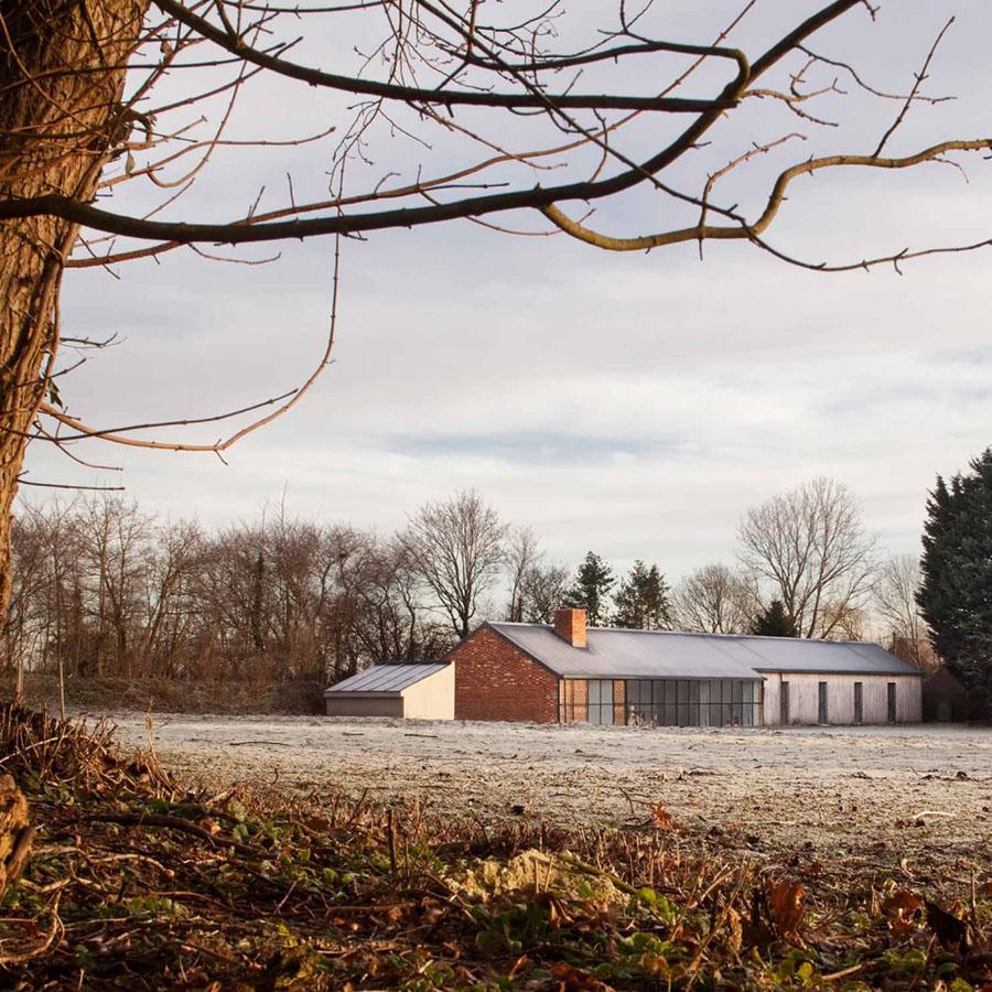 Stable Acre House by David Kohn