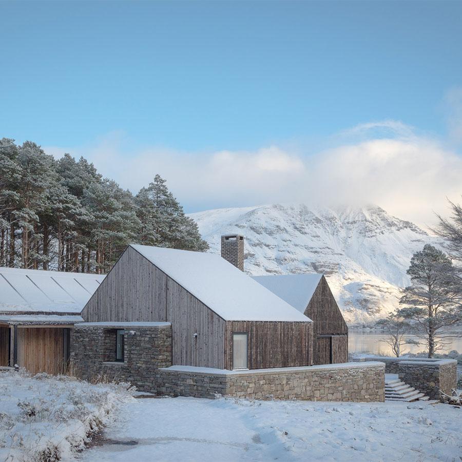 Lochside House by Haysom Ward Miller