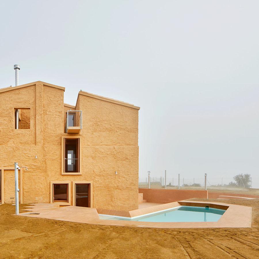 Farmhouse Refurbishment in Santa Margarida de Montbui by ARQUITECTURA-G
