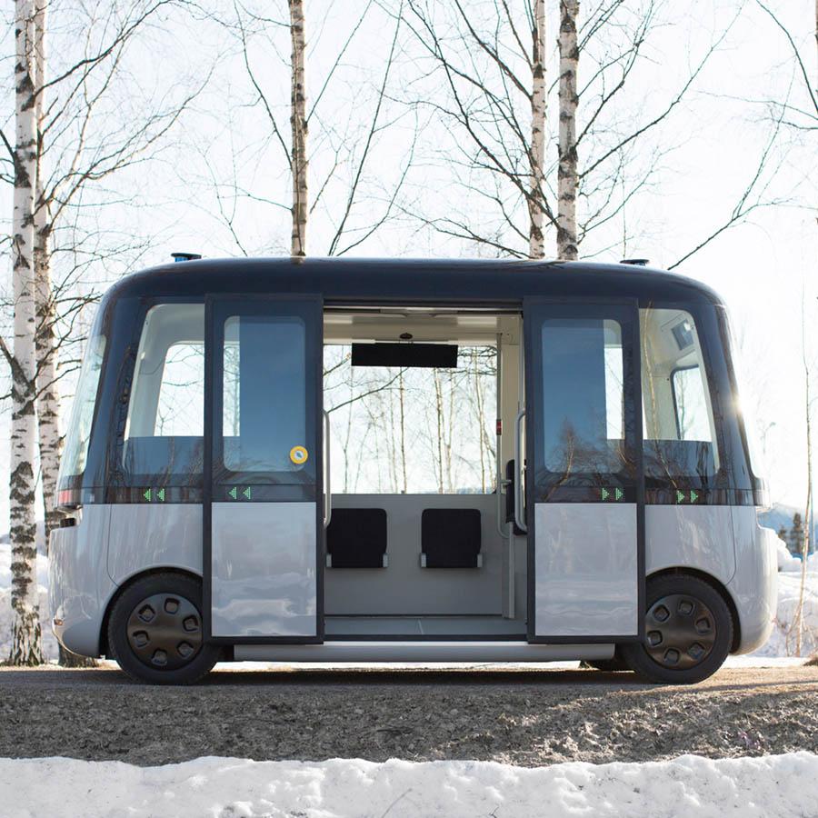 GACHA Autonomous Bus by MUJI
