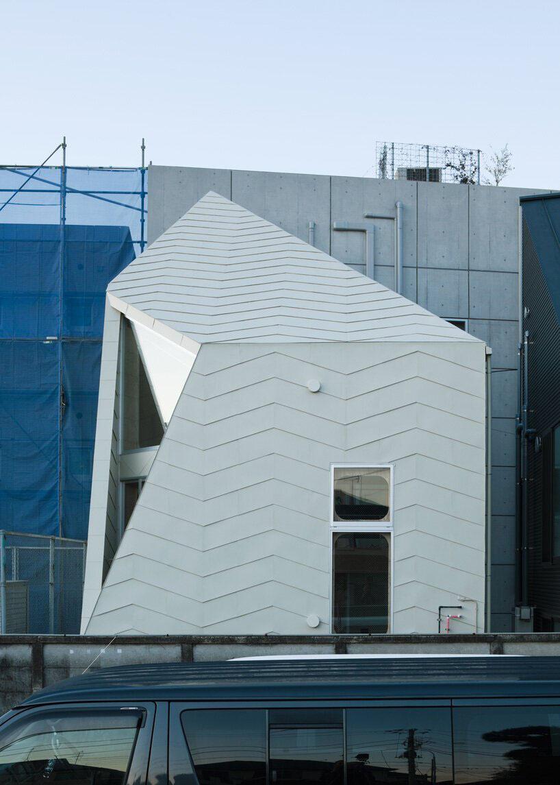 Tokyo Bud House by Yoshinori Sakano Architects