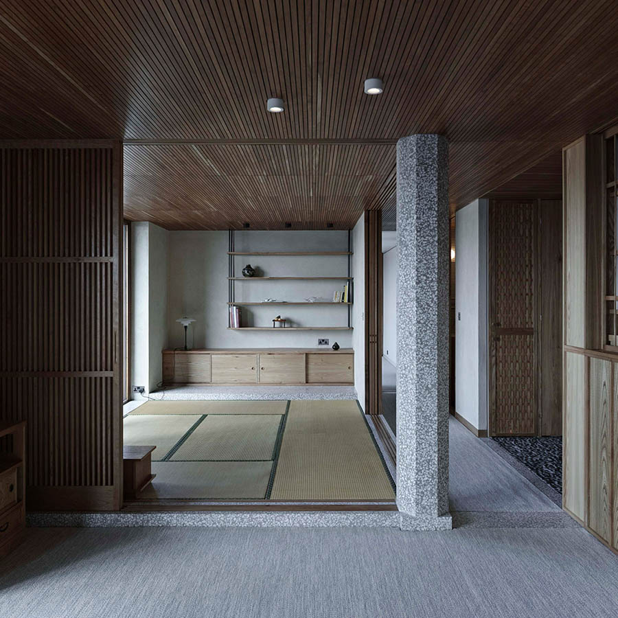 Barbican Apartment by Takero Shimazaki Architects