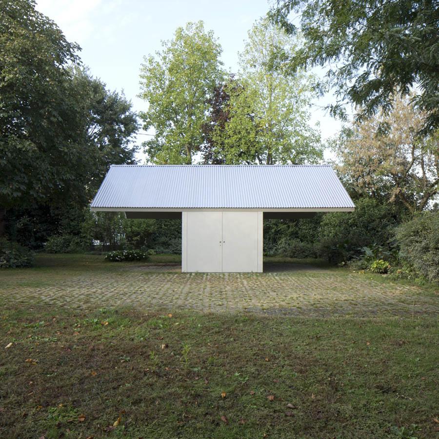 Garage and Workshop by Studiospazio