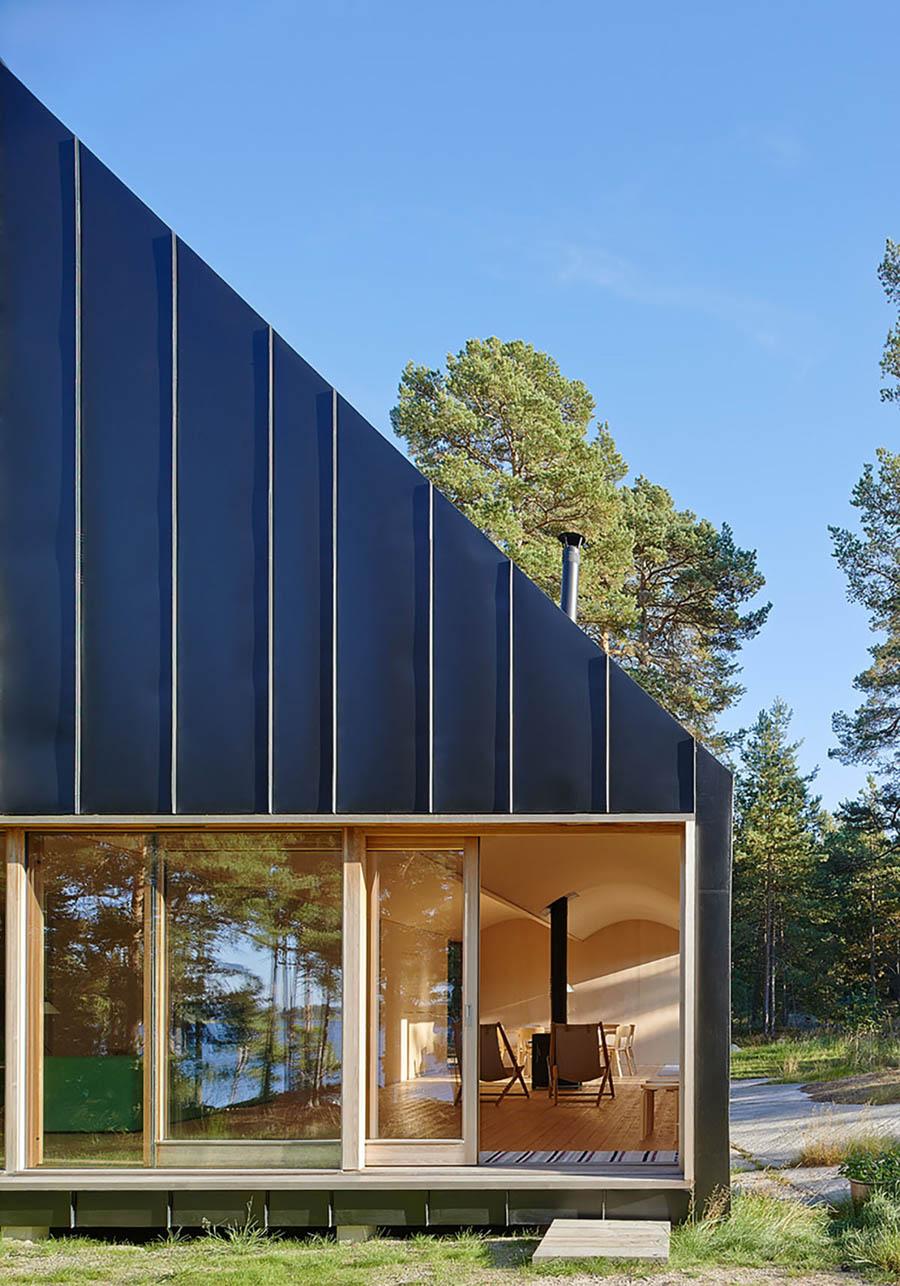 House Husarö by Tham & Videgård