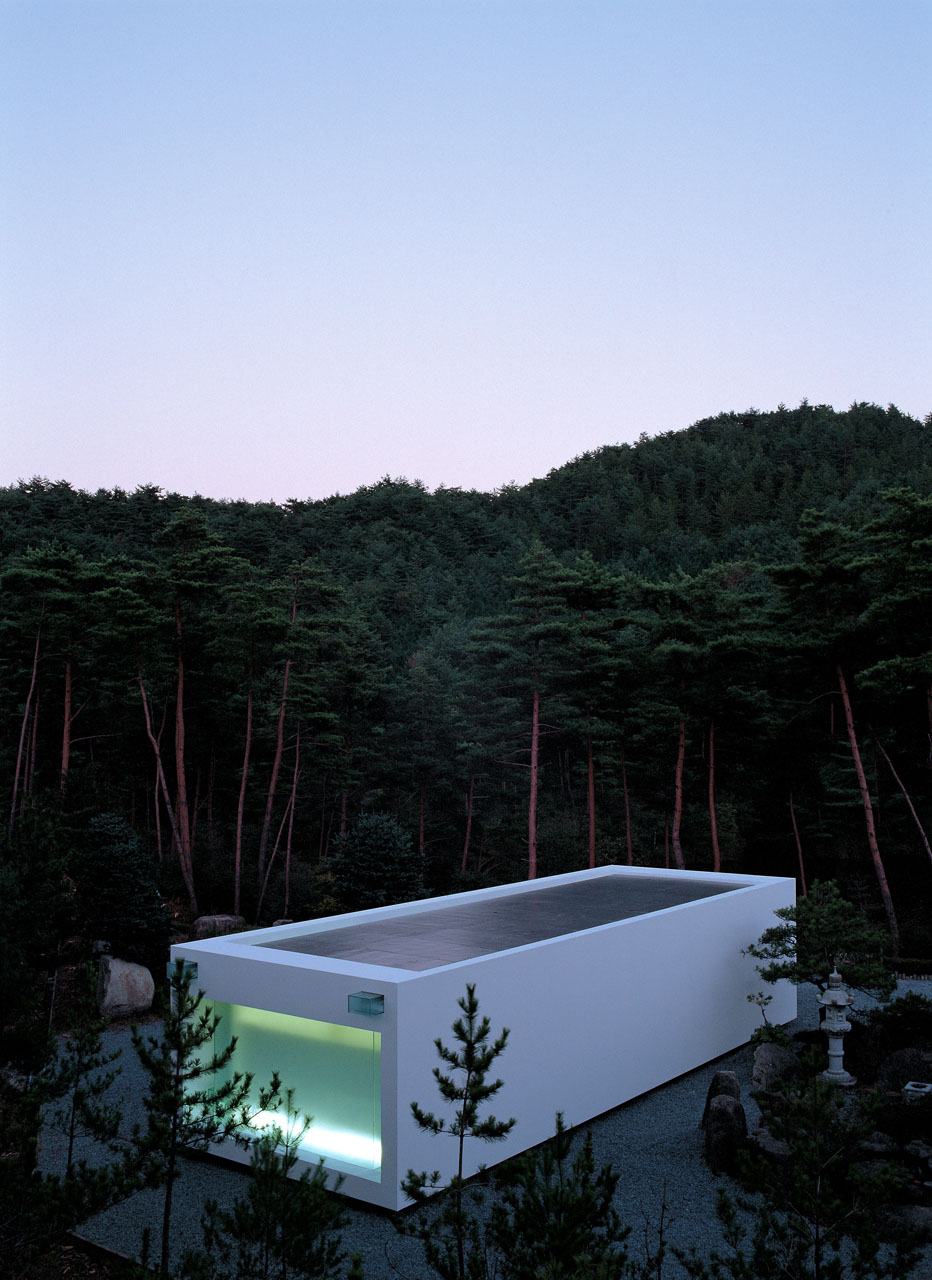 White Temple in Kyoto by Takashi Yamaguchi