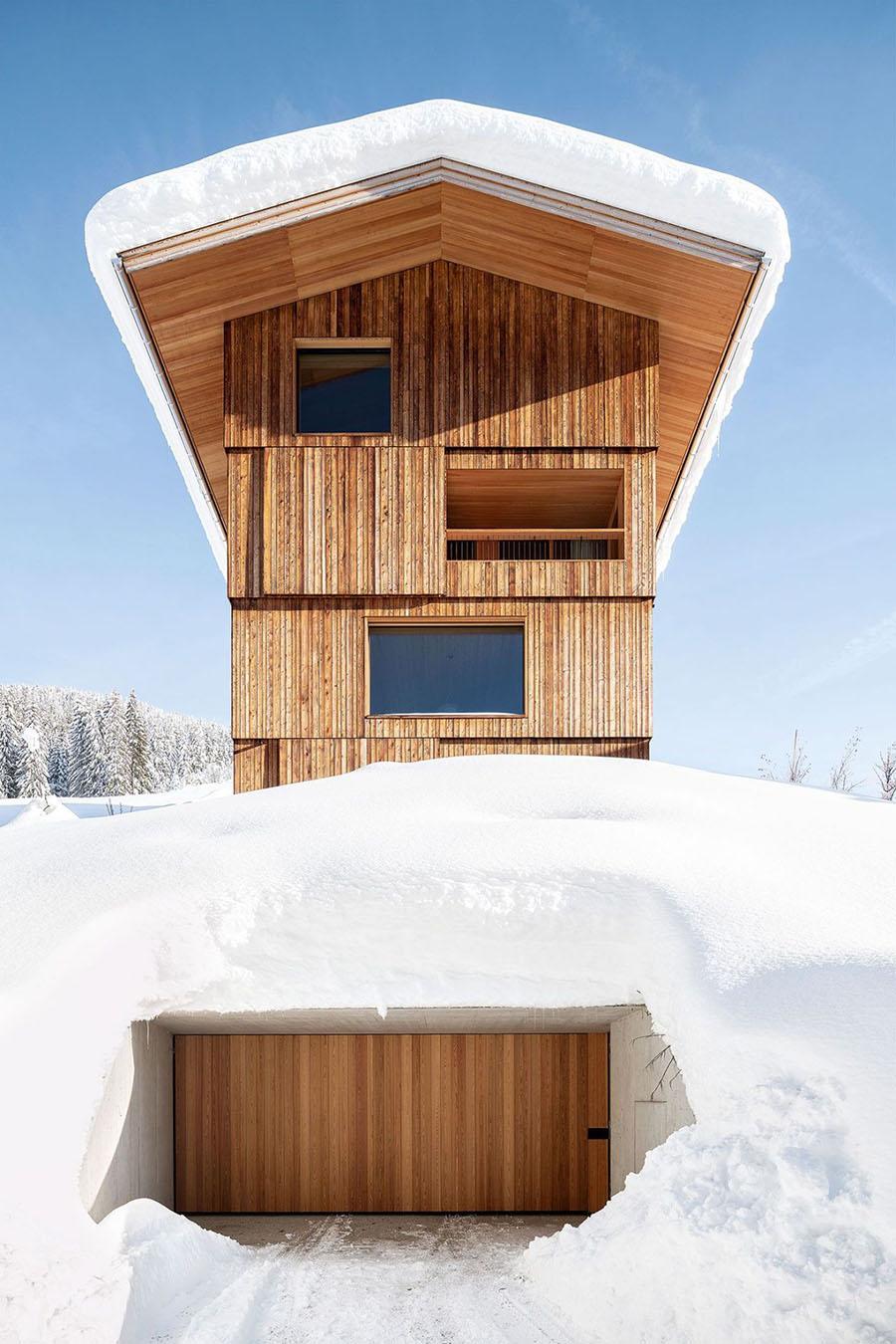 Turmhaus Tirol by Grünecker Reichelt + Holzrausch