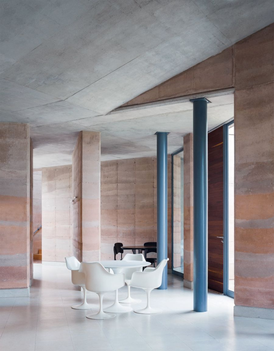 Ajijic House by Tatiana Bilbao