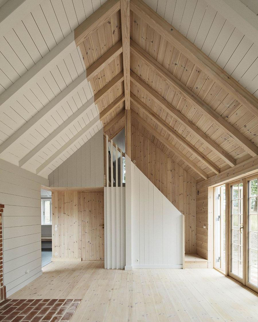 Bakkedraget Cottage by Johansen Skovsted Arkitekter