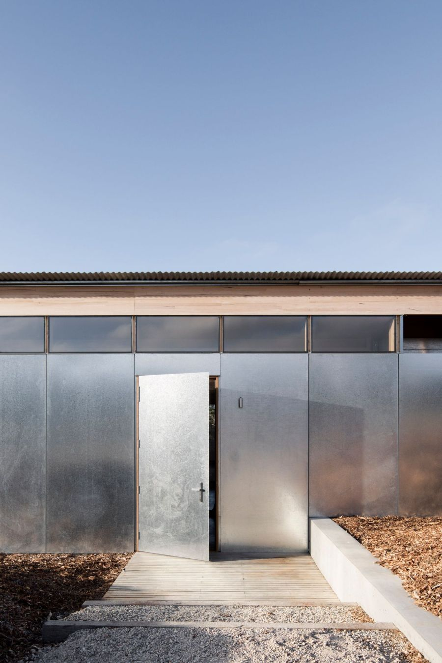 Springhill House by Lovell Burton Architects