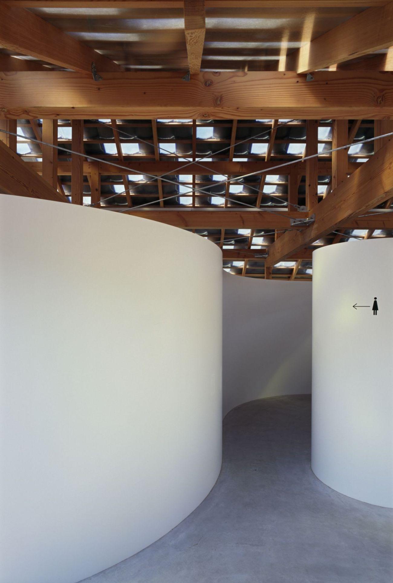 Public Cabin by Tato Architects