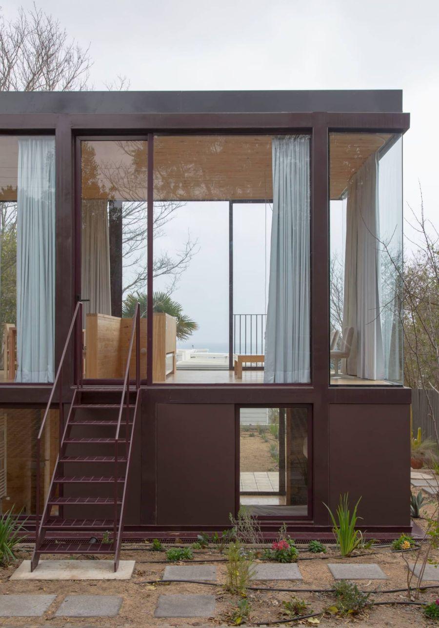 Guest Pavilion  by Tironi Bartlau