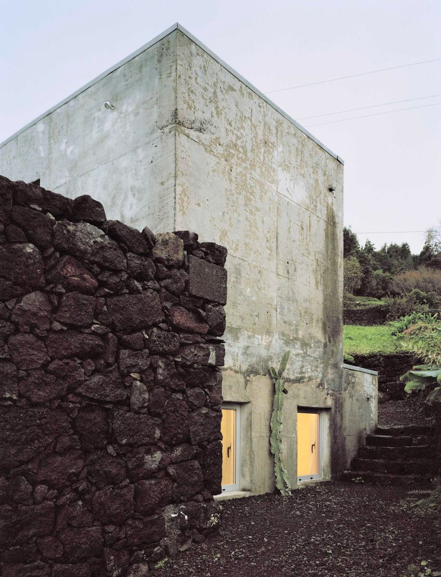 E/C House by SAMI-arquitectos