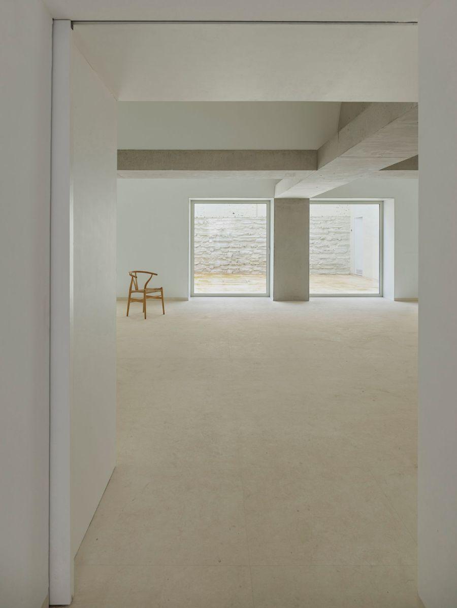 9 Vault House by José María Sánchez García