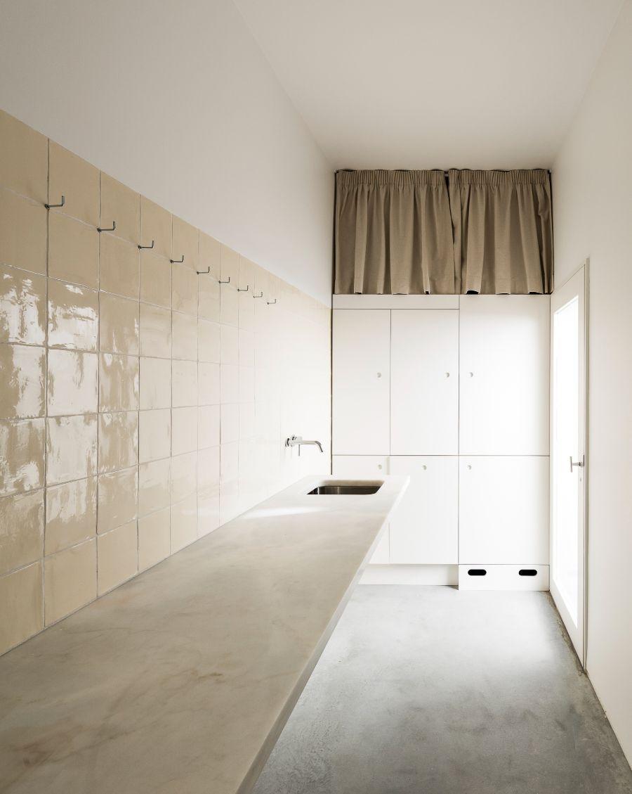House in Alfama by Matos Gameiro Arquitectos