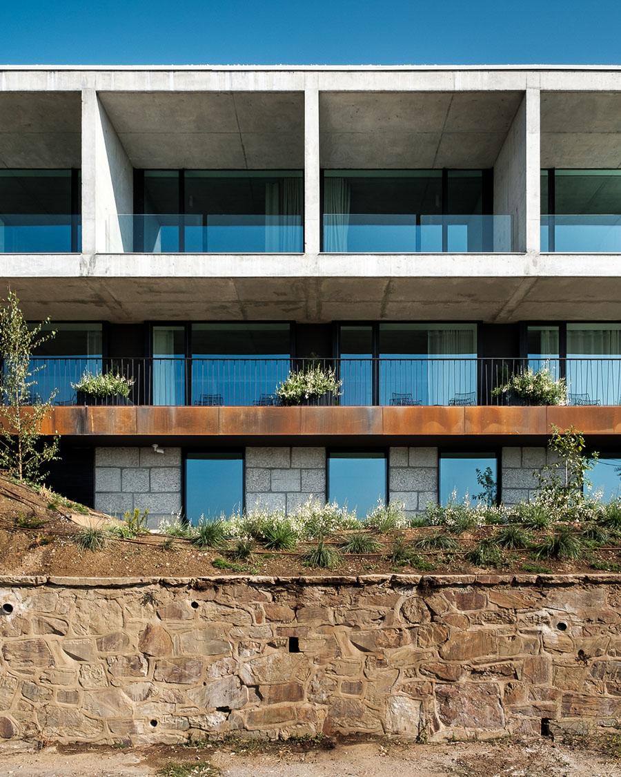 Casa de São Lourenço by P-06 Atelier and Site Specific
