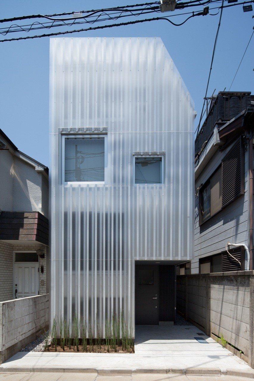 House in Kikuicho by Studio NOA