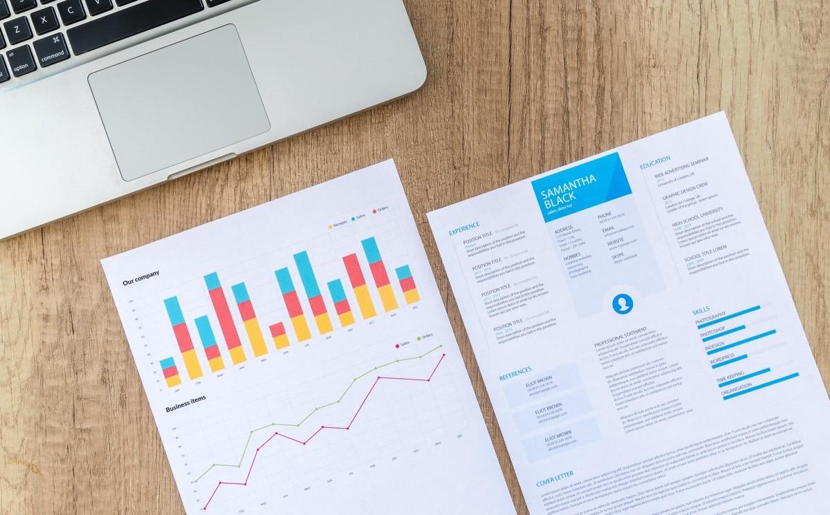 hiring contractors how to assess CV