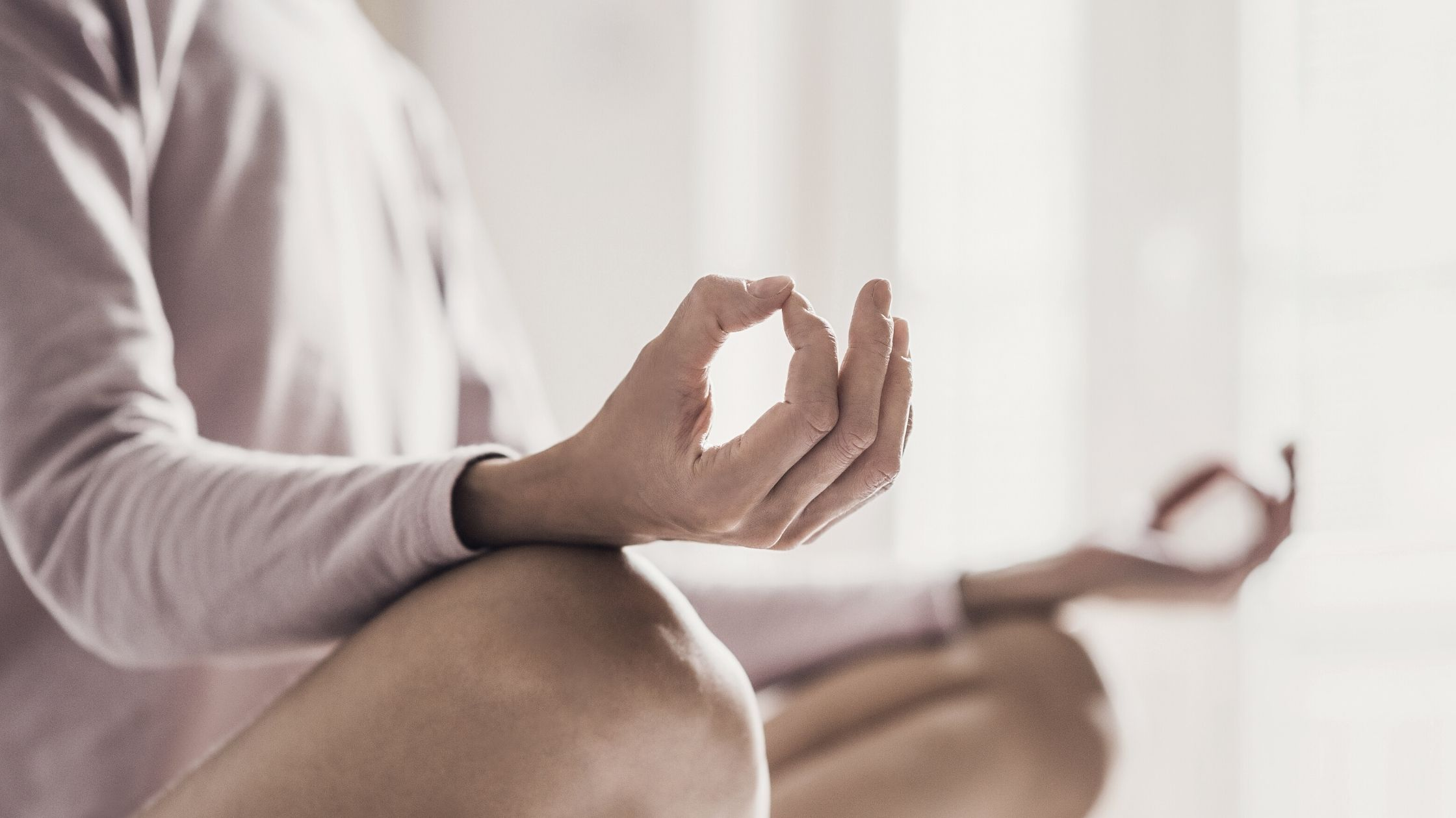 three-reasons-to-try-yoga-this-autumn-bon-and-berg