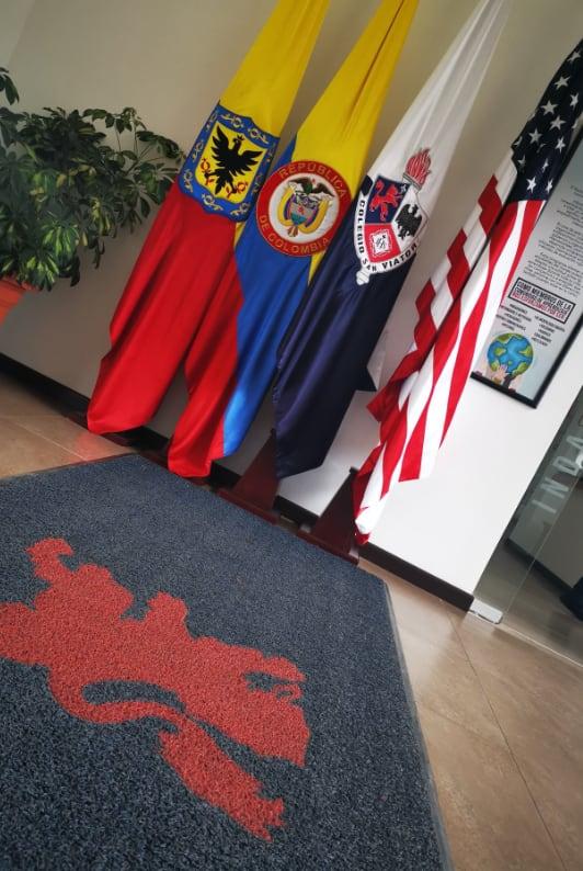 Banderas de Bogotá, Colombia, Colegio San Viator y Estados Unidos