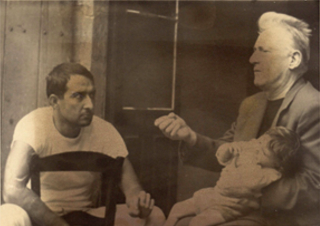 Lefebvre with his daughter Armelle and Mario Gaviria, courtesy of Mario Gaviria and the Graham Foundation.