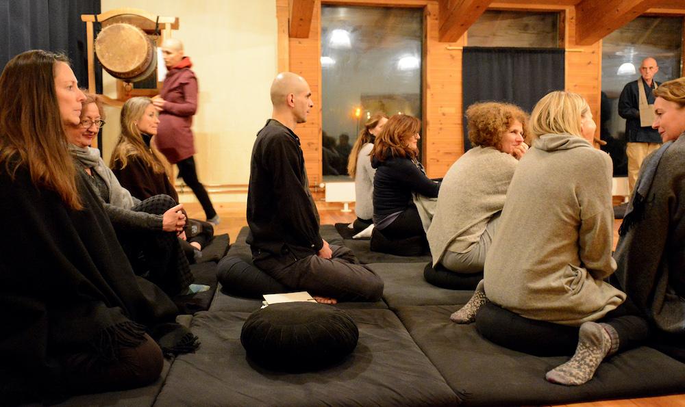 zen zazen meditation dharma sangha johanneshof buddhismus schwarzwald