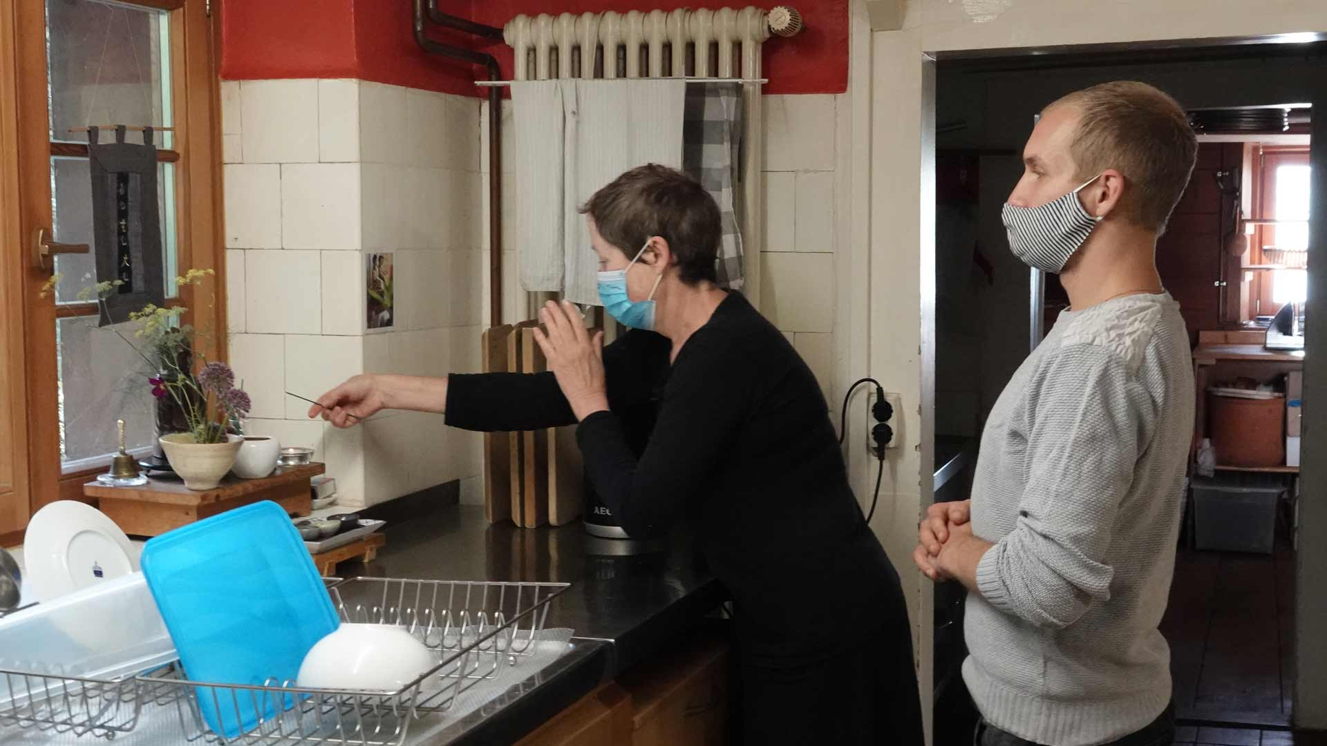 Küchenteam-Erlebnisse rund um den Arbeitstisch