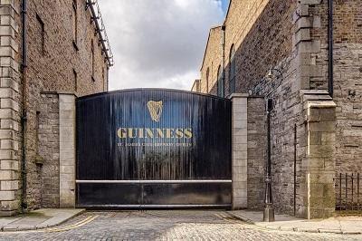 Guinness Storehouse Gate.jpg
