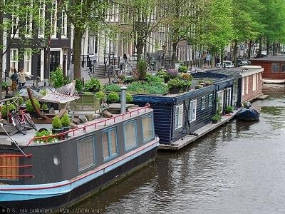 Canal ring where to stay in Amsterdam