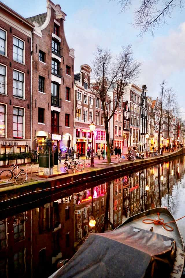 12 AMAZING Things to Do in Amsterdam for a Few Days