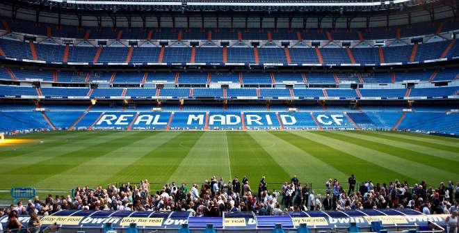 Real Madrid FC Los Blancos Stadium