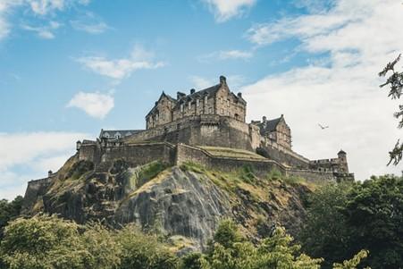 The classic Edinburgh Castle on top of a giant boulder.