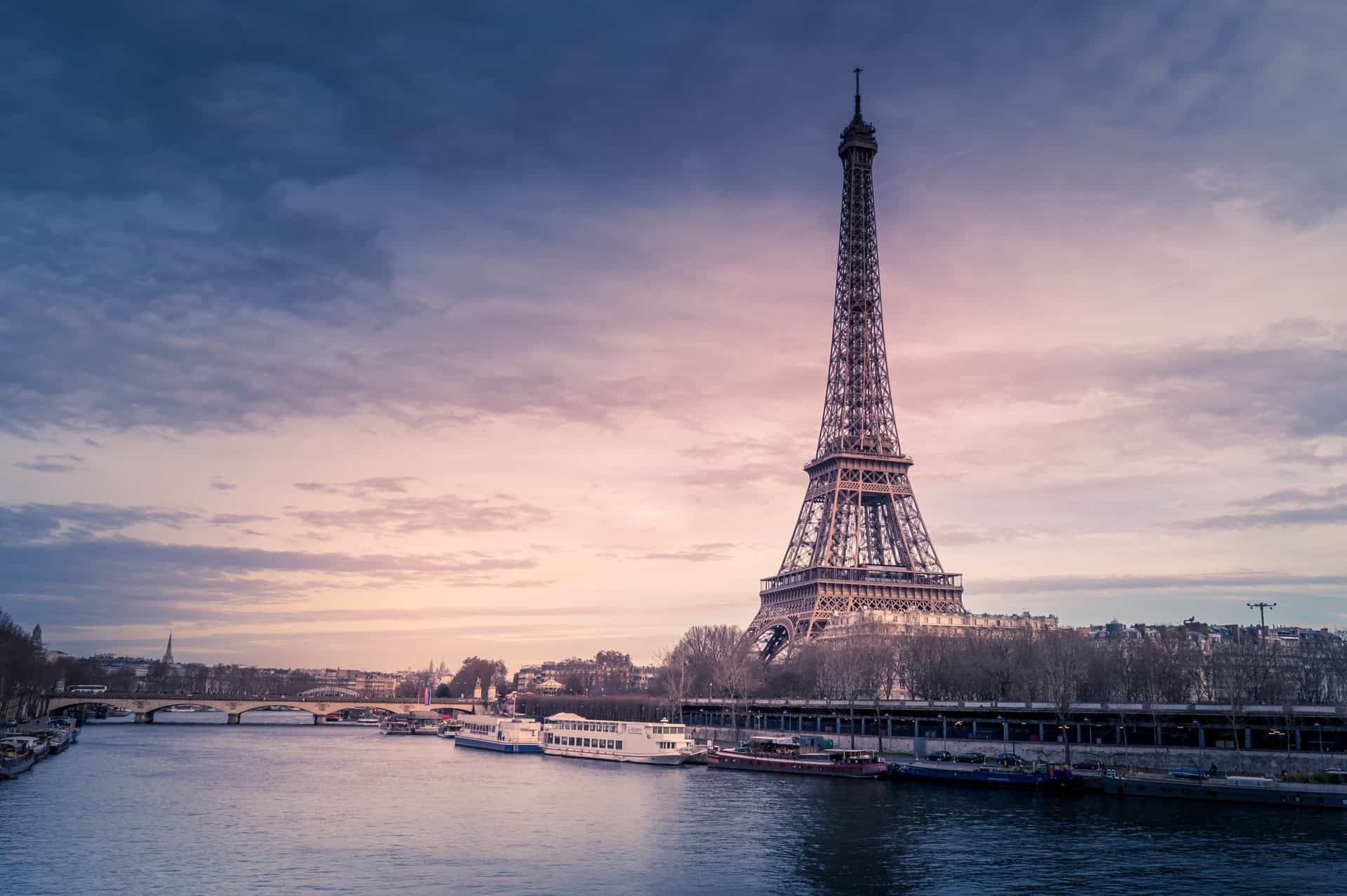 Best Places To Stay in Paris: A Budget Guide for All Travelers
