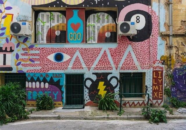 Athens street art and graffiti walking tour