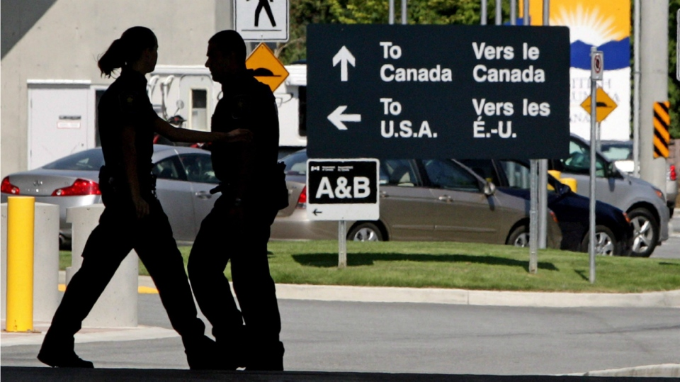 U.S. Extends Ban on Non-essential Cross-border Travel