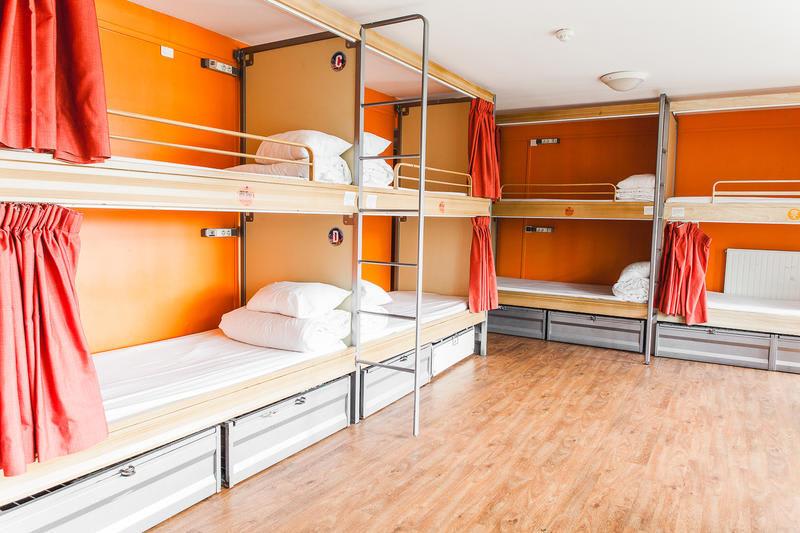 st christopher inn canal shared bunk beds