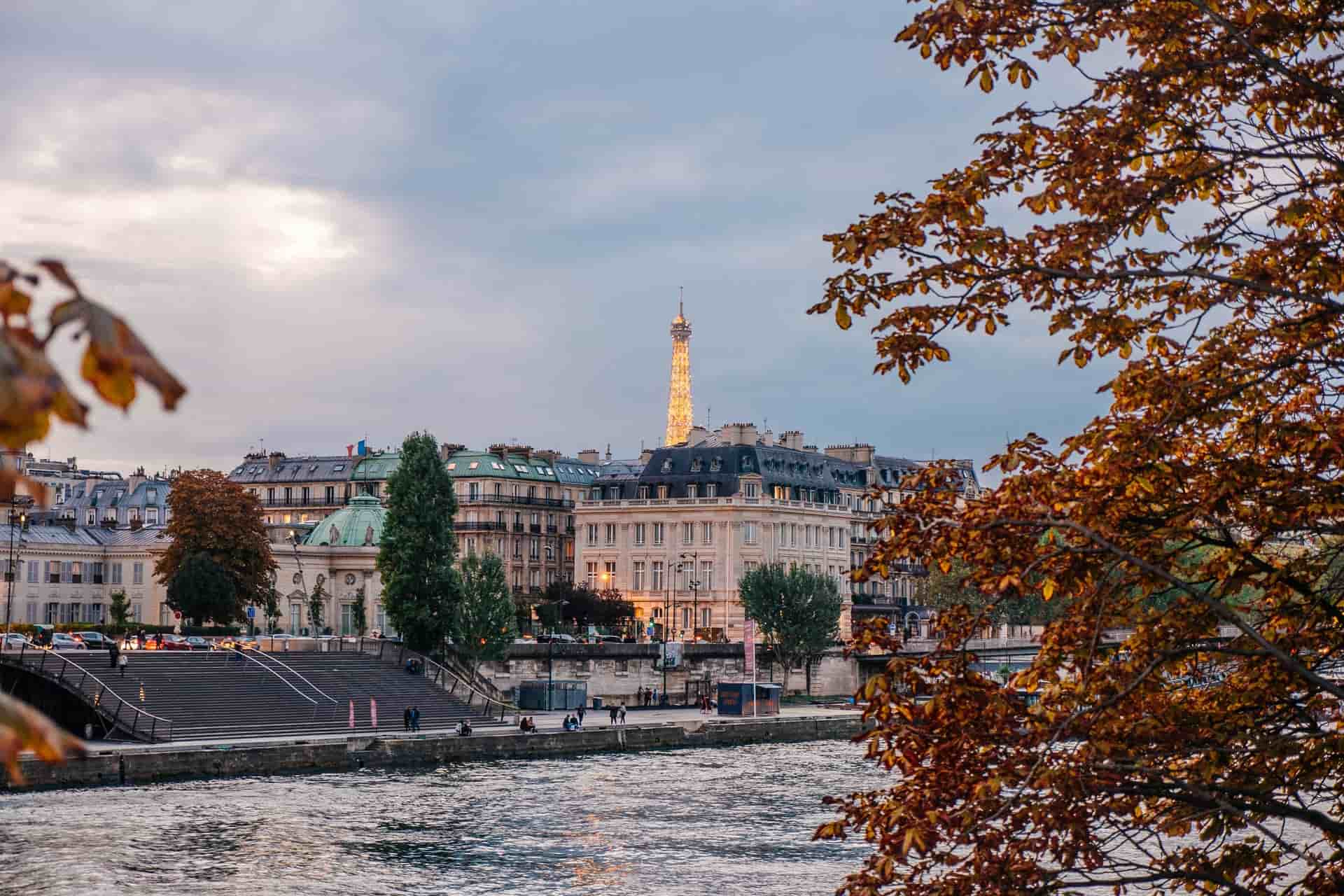 Best Hostels in Paris 2021: The Perfect Stay for All Travelers!