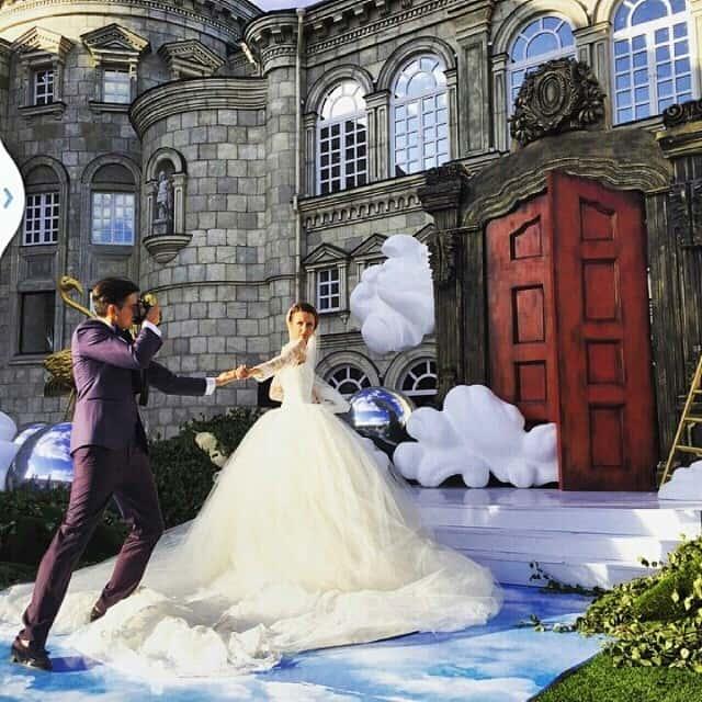 Murad Osmann follow me to wedding photoshoot