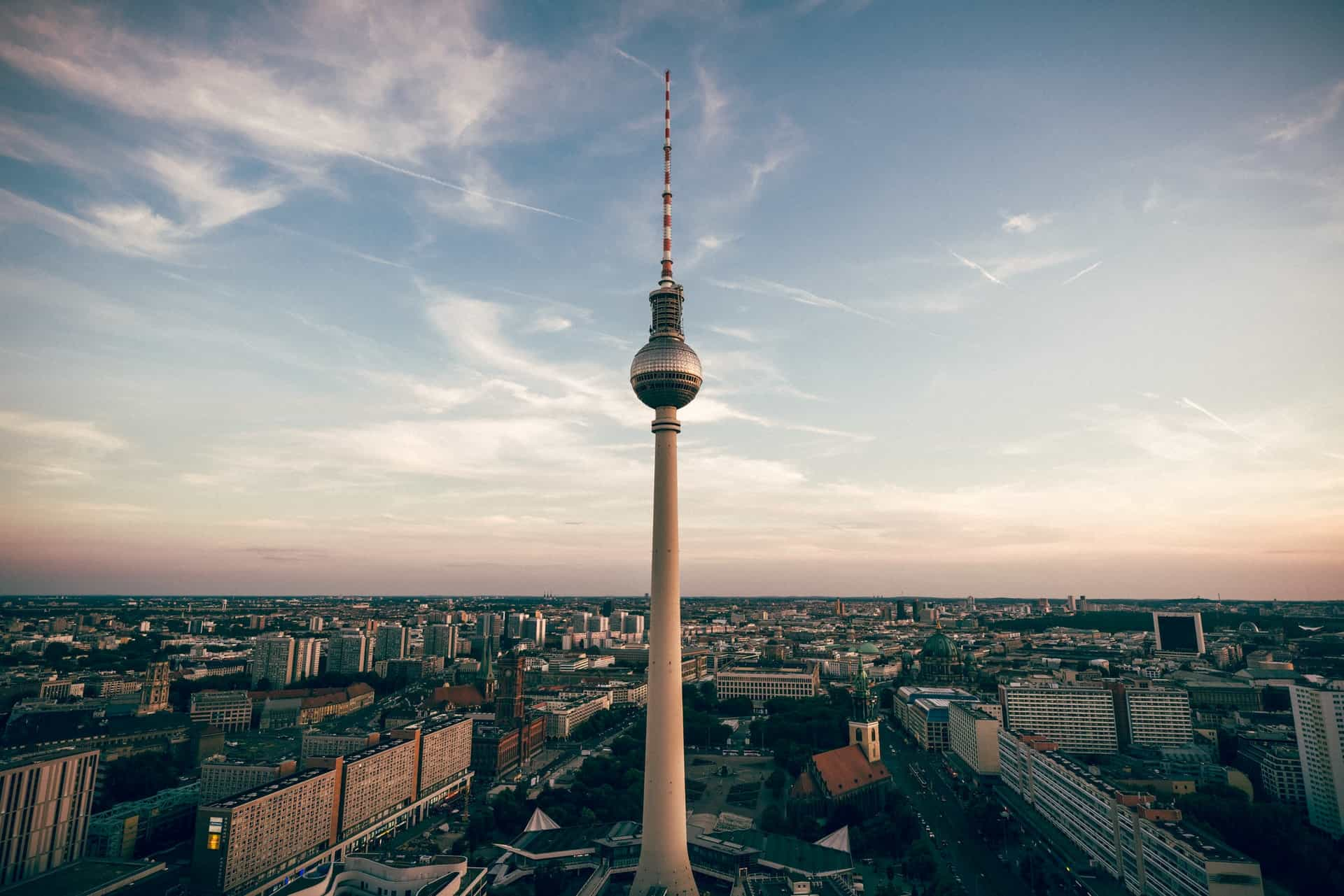 Berlin Hostels Guide: Find the Perfect Budget Lodging Solution!