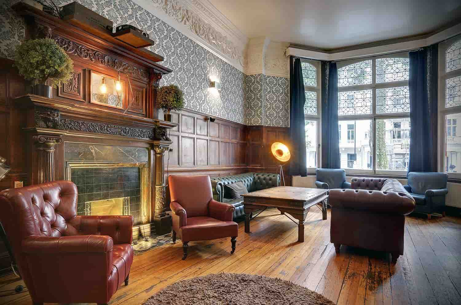 London Hostels 2021: The Perfect Budget Lodging Solution Guide!