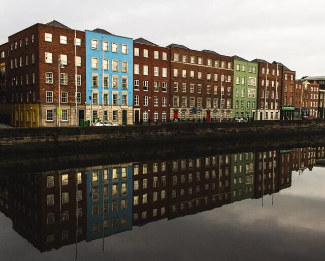 Lanmark of Dublin by the waters