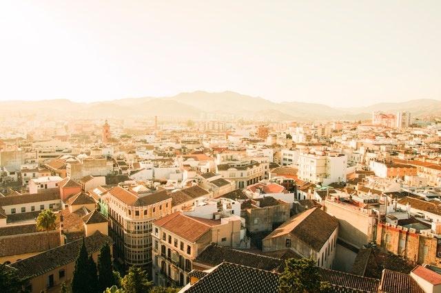 Madrid neighborhoods and hostels