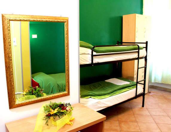 Legends rome hostel bunk bed room