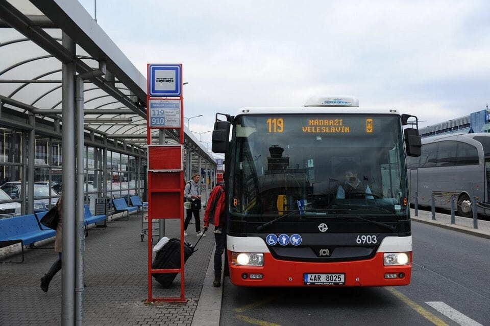 Bus from Prague airport to the city center