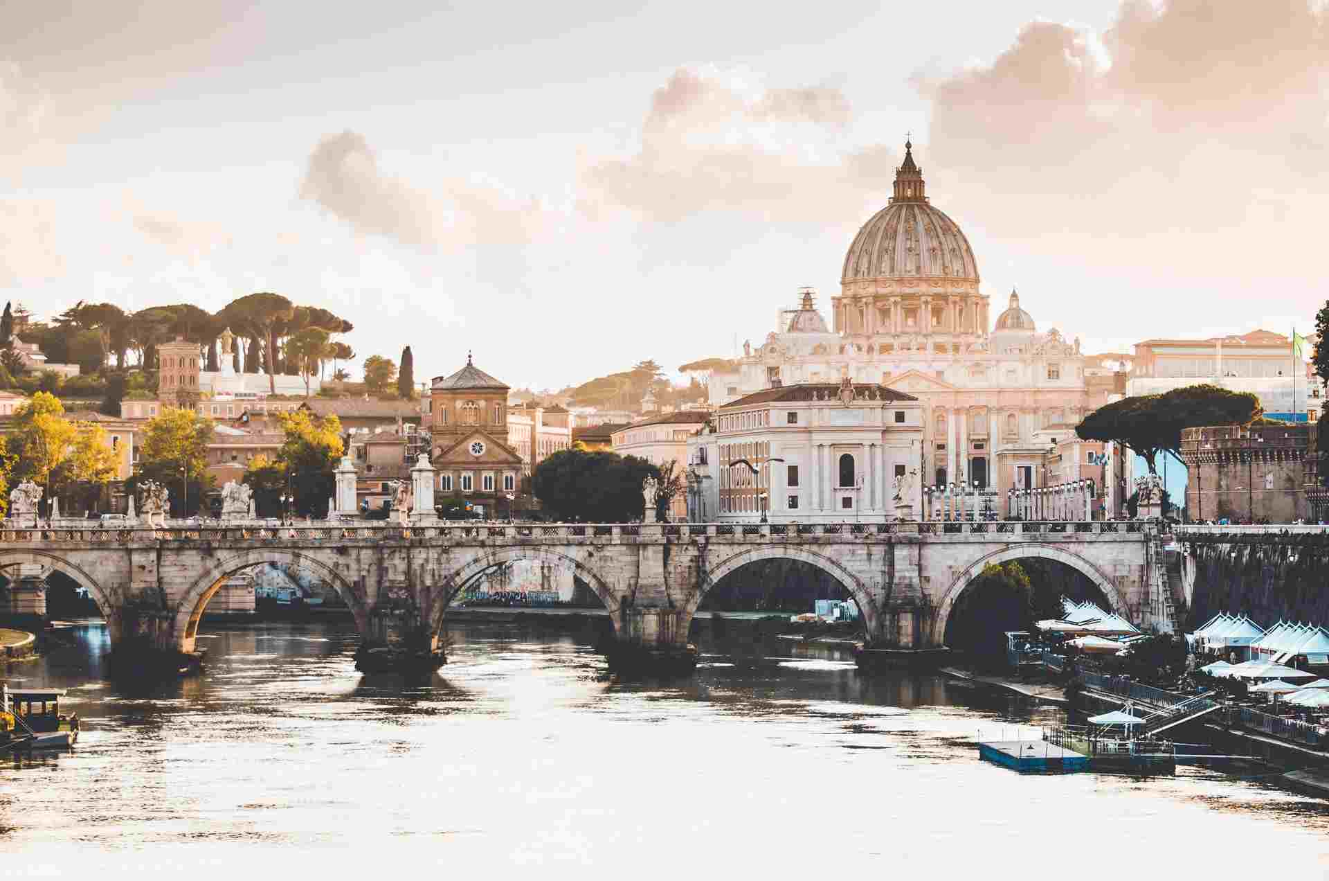 How To Feast and Dine Through Rome: A Foodie's Insiders Guide!