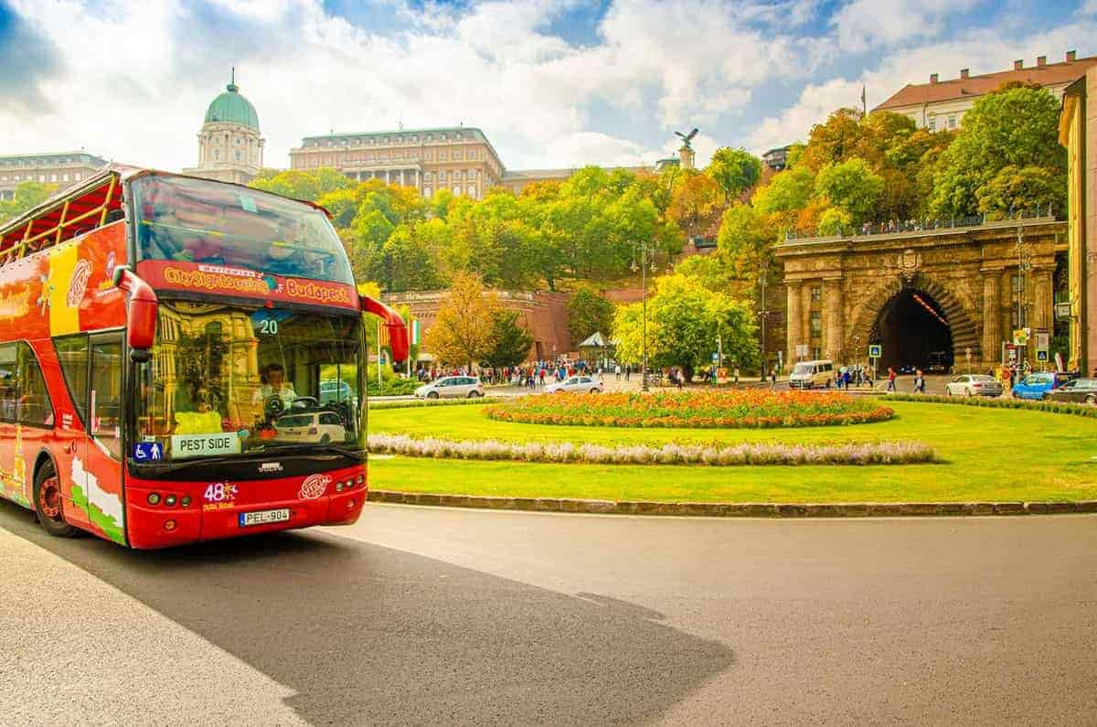 Budapest city sightseeing bus tours.