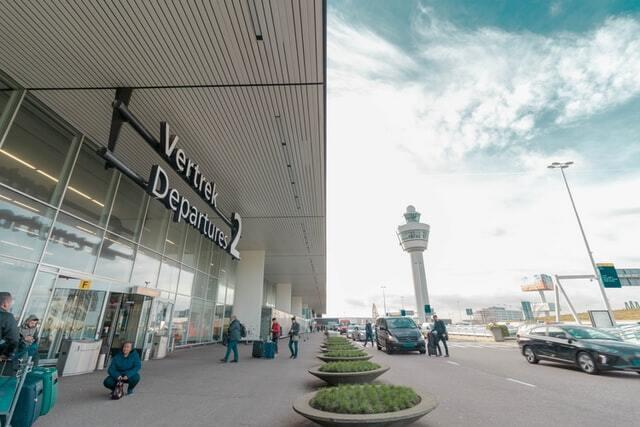 Schiphol Amsterdam Airport Departures 2 door.