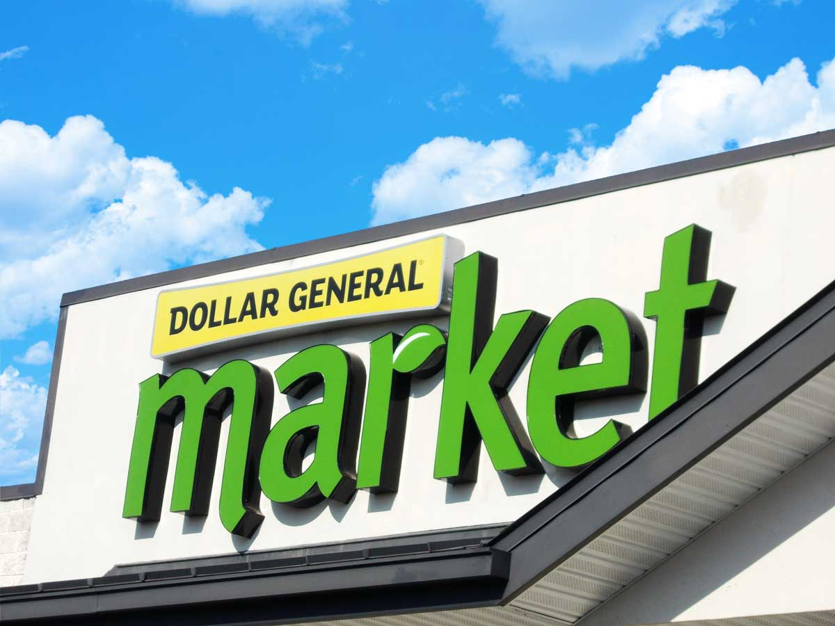 A fun channel letter sign with a modern approach for Dollar General's market stores