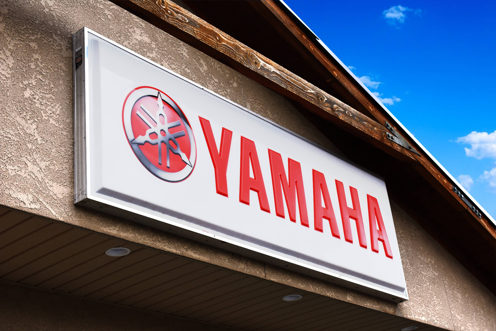 Thermoformed Yamaha sign.